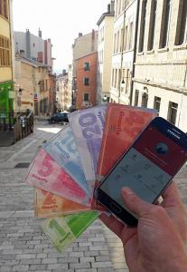 Billets et application mobile pour la monnaie locale, la Gonette